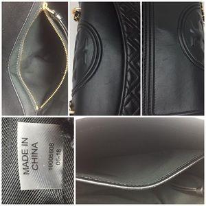 Tory Burch Bags - TORY BURCH Fleming Quilted Lambskin Shoulder bag